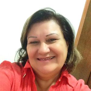 Maria Cristina Pinho Psicóloga (CRP 05/30380), Terapeuta Sistêmica de Família e Casal, Terapeuta e Intervisora Comunitária, especialista em Técnicas de Resgate de Autoestima, Decodificação da Linguagem Corporal e Prevenção ao Uso indevido de Drogas.